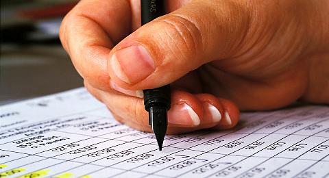 Schreibende-Hand.jpg